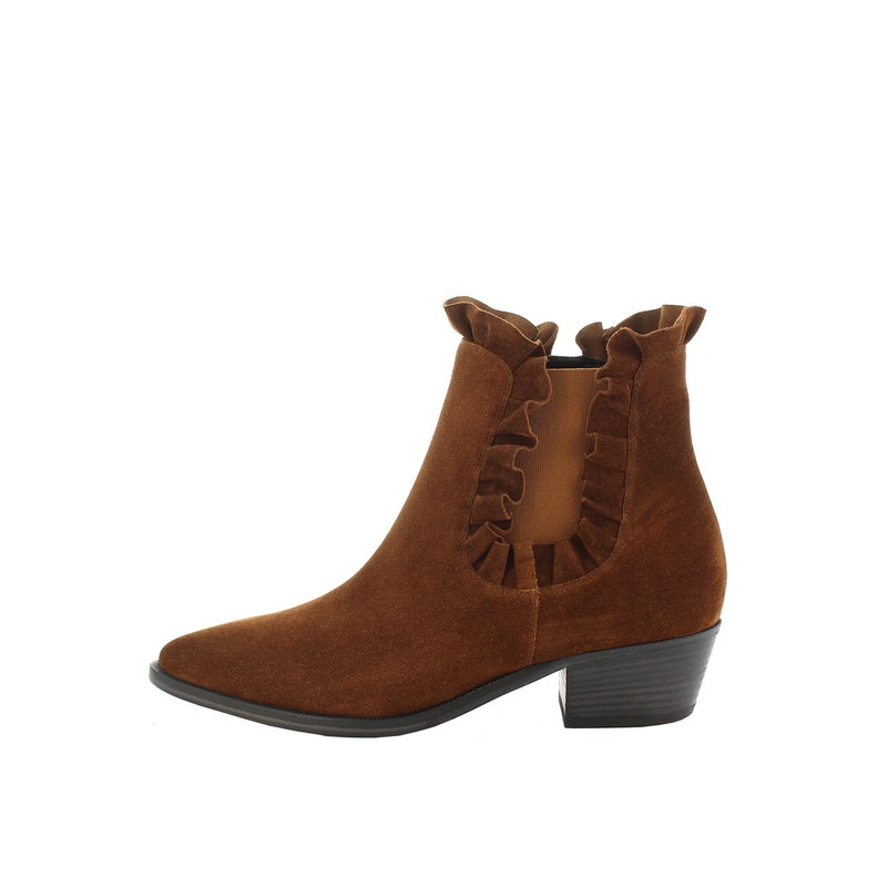 Lage botjes in suede